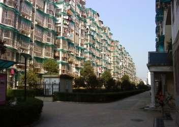 地址:长沙市高岭街附近 均价:9803元/平米 -湘江世纪城一房毛胚低图片