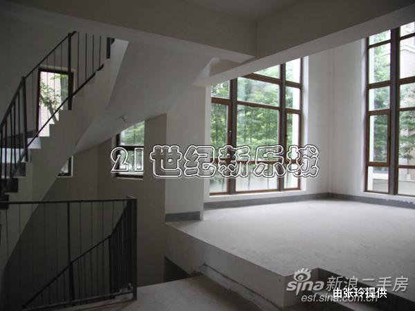 二期双拼 300平米花园 旋转楼梯 挑高客厅 尽显豪宅魅【四川成都千万